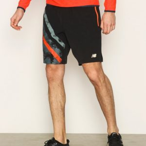 New Balance Max Intensity Short Treenishortsit Musta Print